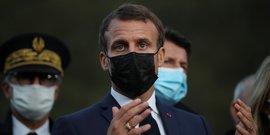 Macron dans les alpes-maritimes a la rencontre des sinistres