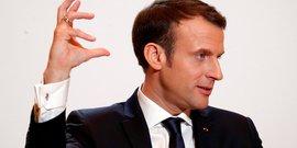 Macron au senegal pour defendre ses priorites, climat et education
