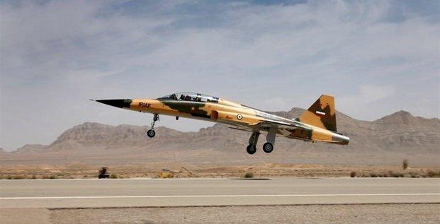 Kowsar, Iran, chasseur, jet, défense, forces aériennes,