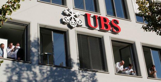 La banque suisse ubs sur le banc des accuses en france