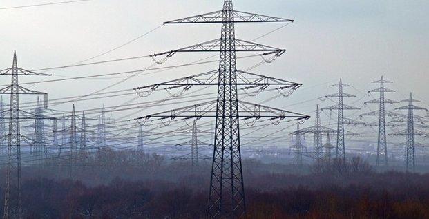 électricité lignes transport