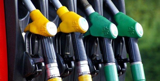 pompe essence station services