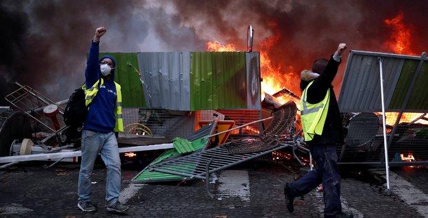 Gilets jaunes: les manifestations ont coute 10 millions d'euros aux hotels parisiens