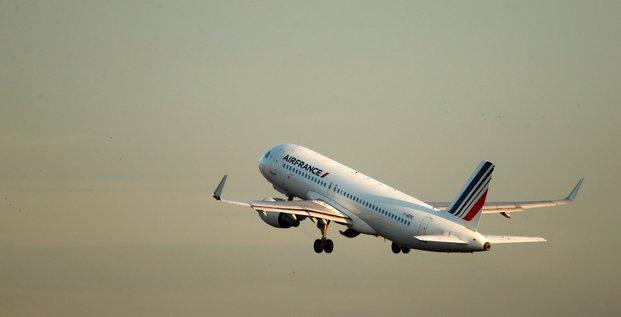 Air france-klm: trafic record en 2018 mais le climat social pese