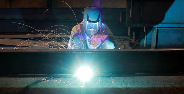 Net rebond de la production industrielle en decembre