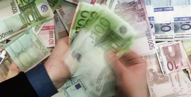 billets de banque, 100 euros, monnaie, argent, fortune,