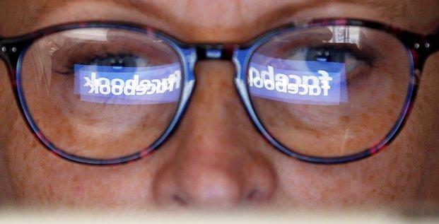 Facebook confirme le partage de donnees avec des groupes chinois