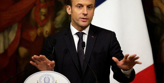 Macron appelle a surmonter le malentendu avec l'italie