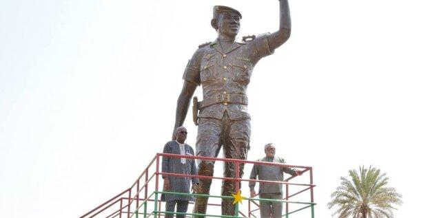 sankara statue burkina