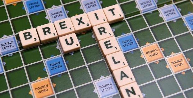 Le risque de brexit pese sur la croissance britannique