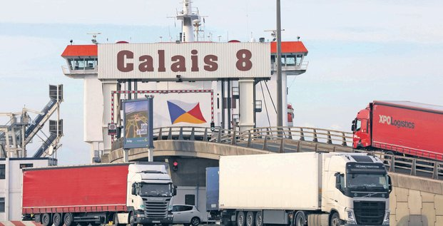 Calais, Port