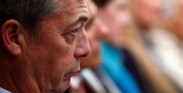 Nigel farage entre en campagne pour les europeennes