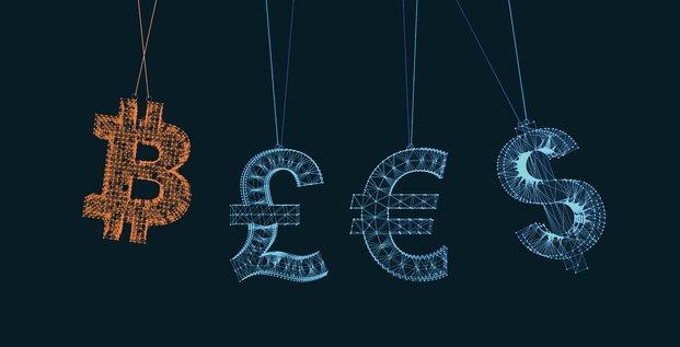 Bitcoin, devises mondiales, cryptomonnaies, dollar, euro, livre sterling,