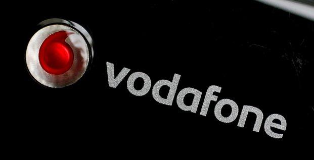 Vodafone baisse son dividende pour contenir sa dette