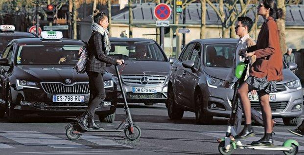 Trottinettes, Paris, transport, mobilités,