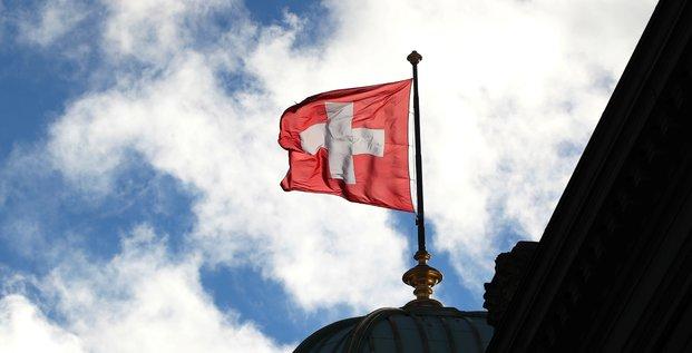 L'ue va retirer la suisse de sa liste grise des paradis fiscaux