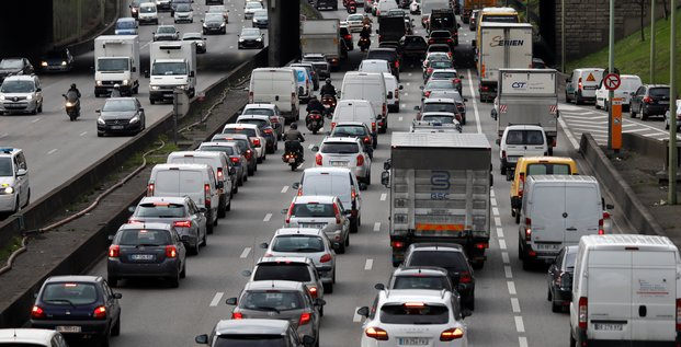 France: immatriculations de voitures neuves -14,5% en aout, selon le ccfa