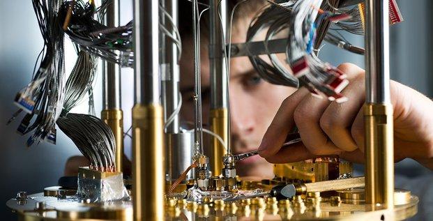 quantique, ordinateur, D-Wave Systems,