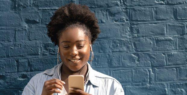 Streaming, audio, mobile, femme, telecom, podcast,