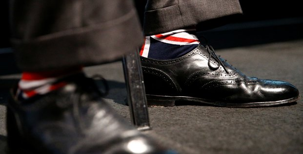 Nigel Farage, chaussettes, nationalisme, eurosceptique, Brexit