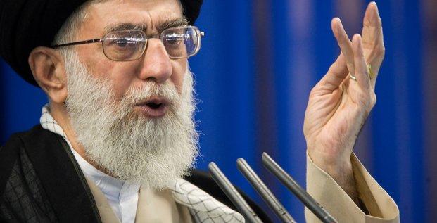 Une vengeance terrible attend les assassins de soleimani, dit khamenei