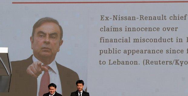 Carlos ghosn entendu par les enqueteurs libanais, dit un source judiciaire