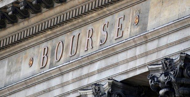 Les bourses europeennes terminent en forte baisse