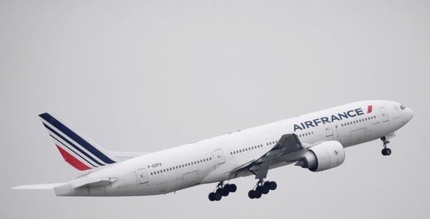 Paris prevoit des mesures de soutien pour air france-klm