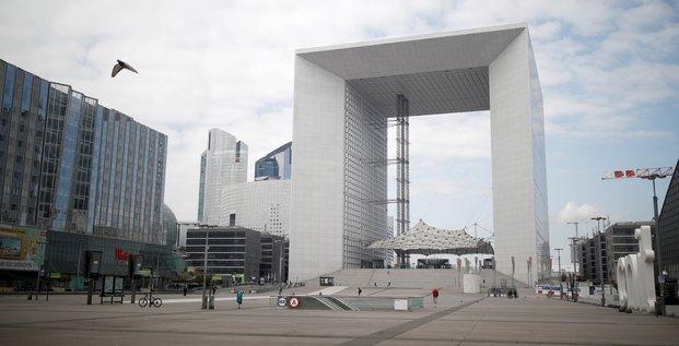 Paris-La Défense, quartier d'affaires, Puteaux, Grande Arche, confinement,