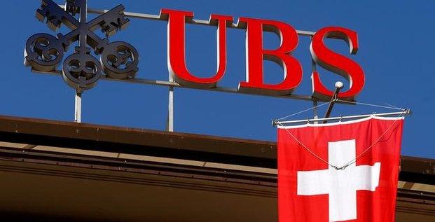Gic se desengagerait d'ubs a 16,10 francs par action