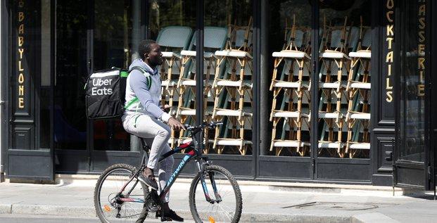 France: les livreurs de repas gonflent les creations d'entreprises, selon une etude