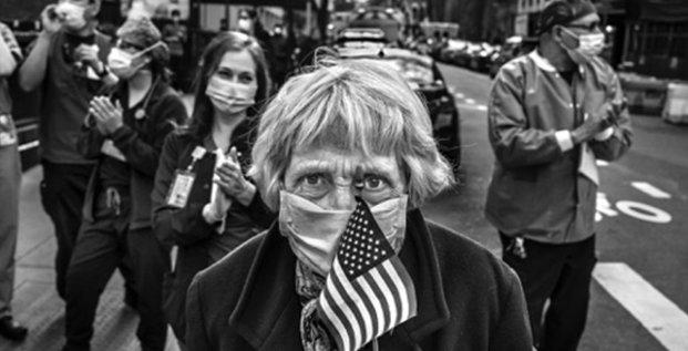 Au festival Visa pour l'image 2020, les photographies de Peter Turnley saisissant les visages du Covid à New York