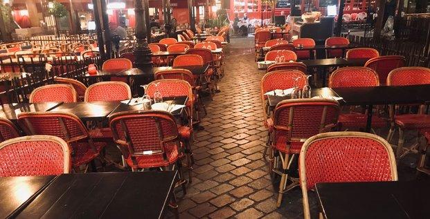 restaurant, Paris, Covid, terrasse vide, clients, désert