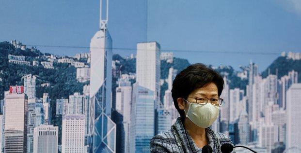 Hong kong: lam ira a pekin pour parler de la reprise economique
