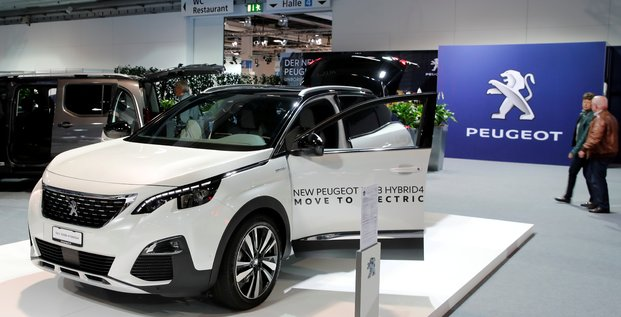 Psa signe un retour a la croissance pour sa division automobile au troisieme trimestre
