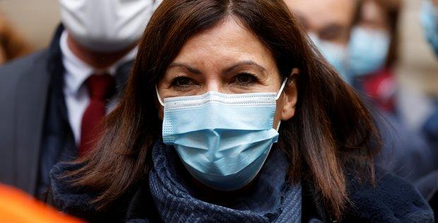 Coronavirus: hidalgo annonce la fermeture de certains commerces a 22h00 a paris