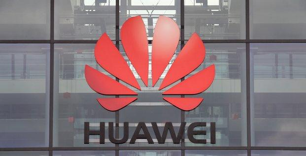 Huawei envisage de ceder ses smartphones honor pour 12,9 milliards d'euros