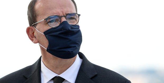 Coronavirus: le confinement pourrait etre allege pour les commerces le 01/12, declare castex