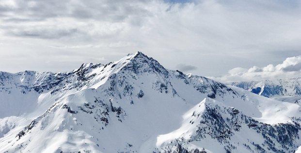 Stations Ski Auron