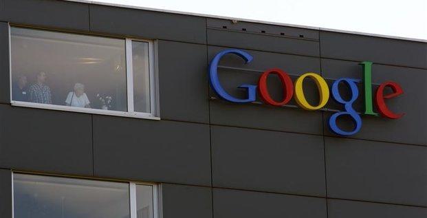 54.604 employés en équivalent temps plein dont 34.311 chez Google hors Motorola Mobility