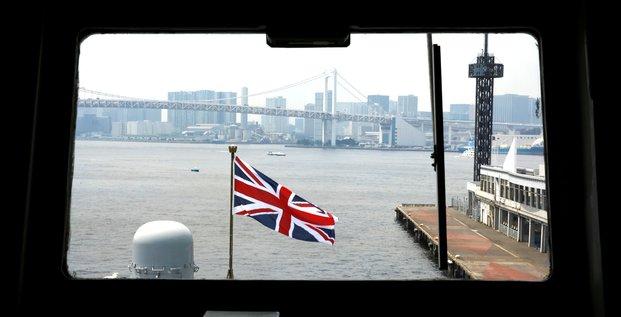 Brexit: quatre navires de la royal navy surveilleront les zones de peche