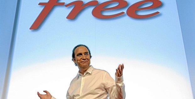 10 janvier 2012 : lancement du service Free Mobile