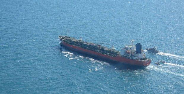 Seoul reconsidere une visite diplomatique en iran apres la saisie d'un navire