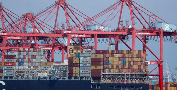 Usa: le deficit commercial s'est reduit en juin