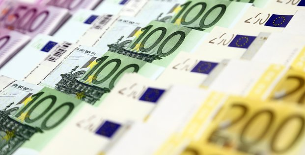 Zone euro: l'inflation confirmee a -0,3% sur un an en decembre