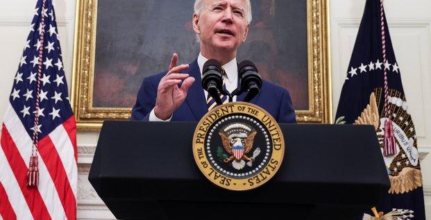 Biden prolonge les restrictions sur les voyageurs de l'ue a cause du covid