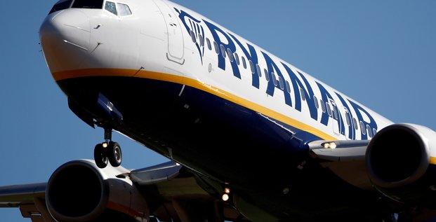 Ryanair prevoit une perte annuelle record sur fond de crise sanitaire