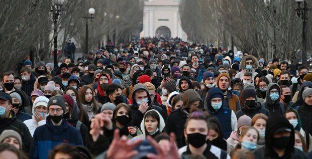 300 personnes arretees en russie lors de manifestations pro-navalny, selon une ong