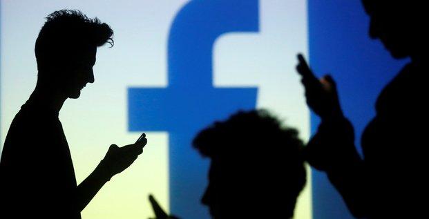 Facebook bat le consensus au 1er trimestre, porte par ses revenus publicitaires