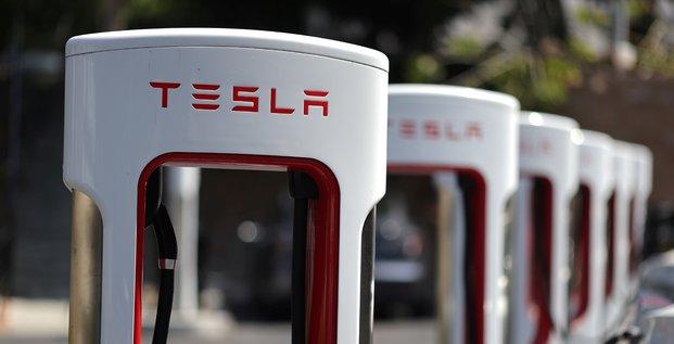 Tesla lance une augmentation de capital de 5 milliards de dollars